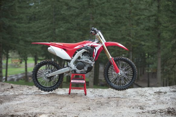 19 Honda CRF250R_Beauty_02