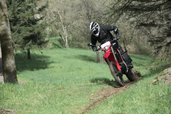 19 Honda CRF450L_Action_10