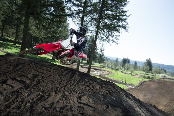 19 Honda CRF450R_Action_1