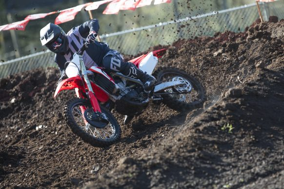 19 Honda CRF450R_Action_4