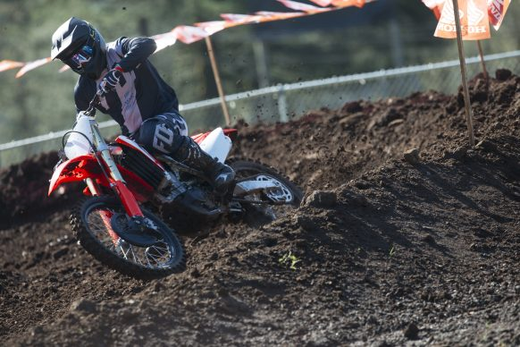 19 Honda CRF450R_Action_5