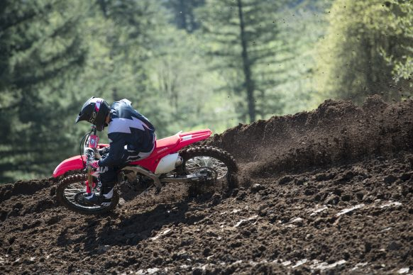 19 Honda CRF450R_Action_6