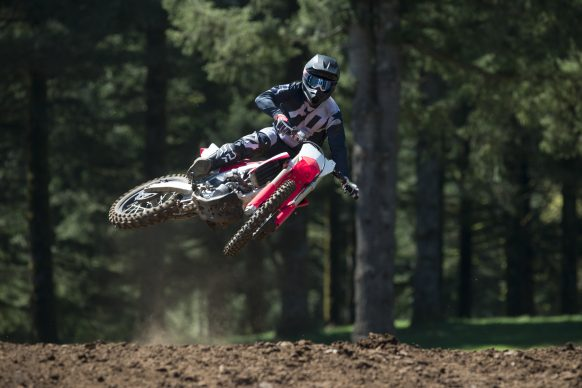 19 Honda CRF450R_Action_7