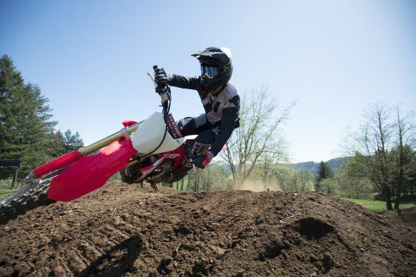 19 Honda CRF450R_Action_9