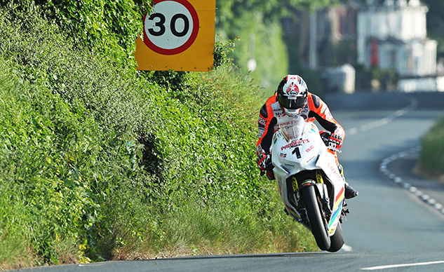 072018-conor-cummins-iomtt-2018-qualifying-pb-dave-kneen-f