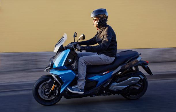 072418-2019-bmw-c400x-blue-left-action