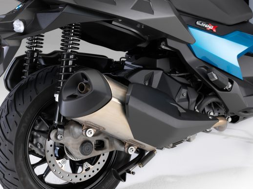 072418-2019-bmw-c400x-exhaust