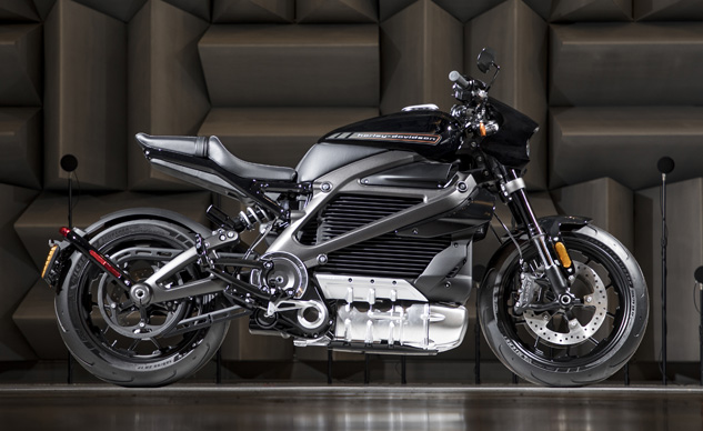 073018-2019-harley-davidson-LiveWire-electric-v2-production-f