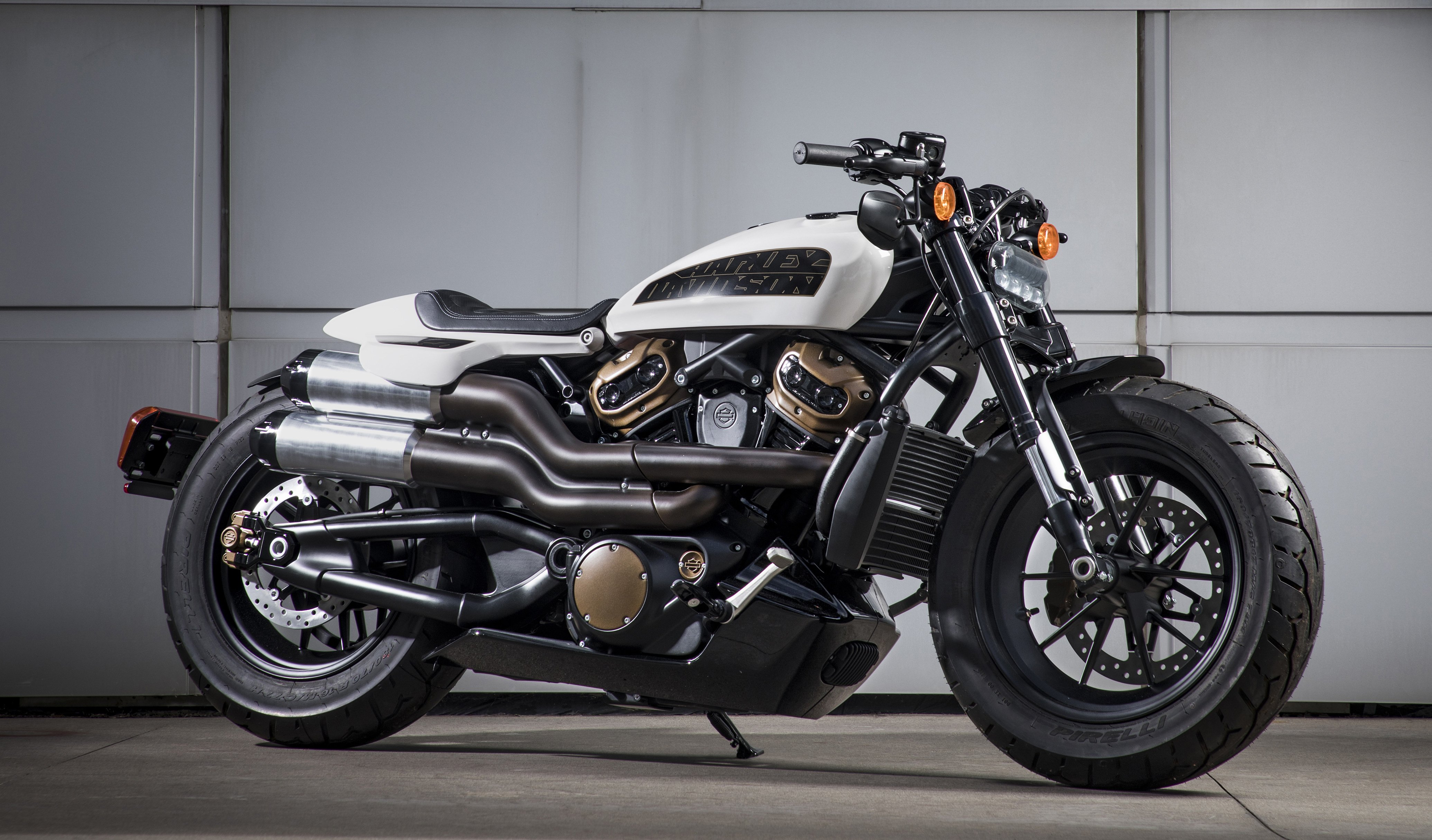 Harley-Davidson LiveWire Production Model Launching in ...
