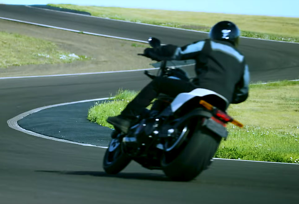 Harley Davidson Fxdr 114 India Launch Price Specs: 2019 Harley-Davidson FXDR 114 Performance Cruiser On The Way