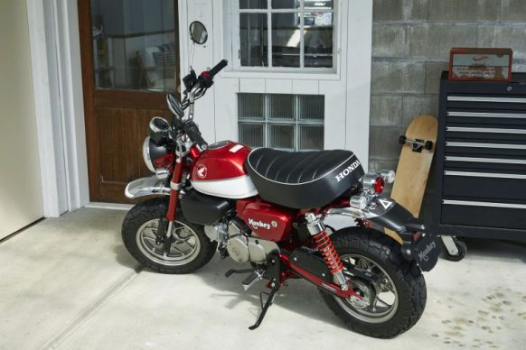 082318-top-10-motorcycles-for-riders-over-50-05-honda-monkey