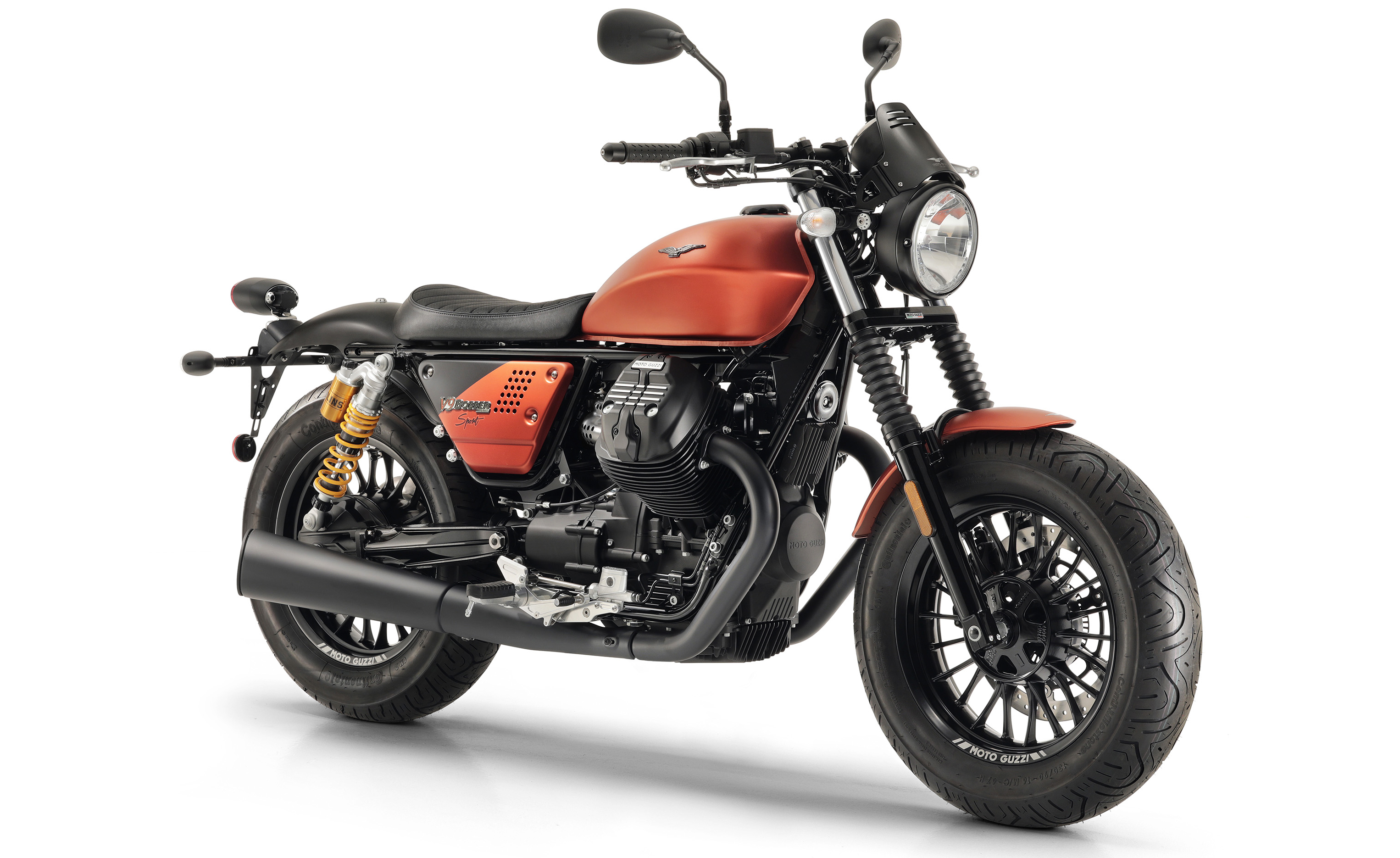 2019 moto guzzi v9 bobber sport revealed. Black Bedroom Furniture Sets. Home Design Ideas