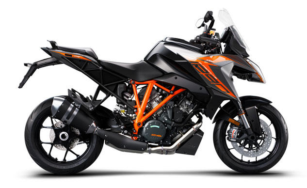 100218-intermot-2018-lp-2019-ktm-1290-SuperDuke-GT