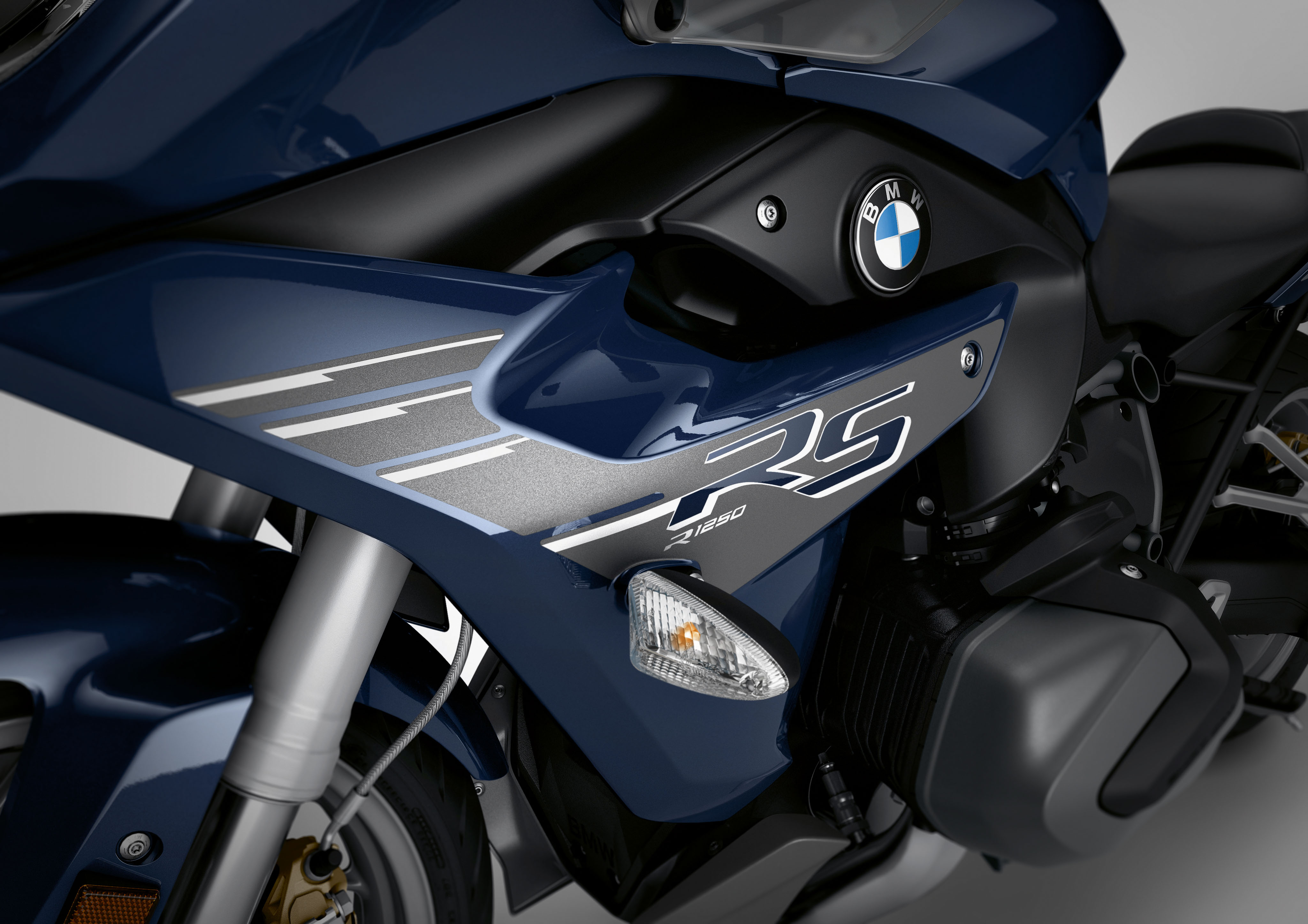2019 Bmw R1250r R1250rs And R1250gs Adventure First Look