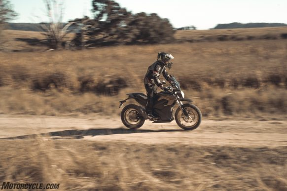 111318-2019-zero-dsr-review-electric-dual-sport-B42I4991