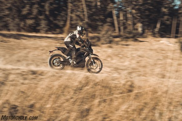 111318-2019-zero-dsr-review-electric-dual-sport-B42I5047 2