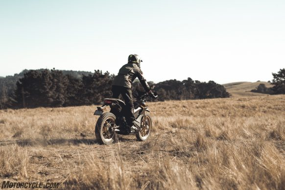 111318-2019-zero-dsr-review-electric-dual-sport-B42I5123