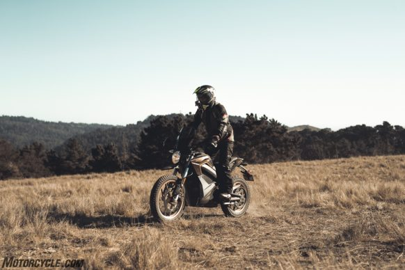 111318-2019-zero-dsr-review-electric-dual-sport-B42I5136