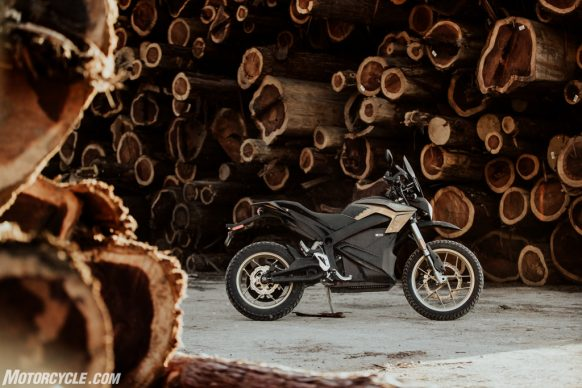 111318-2019-zero-dsr-review-electric-dual-sport-B42I5628-2