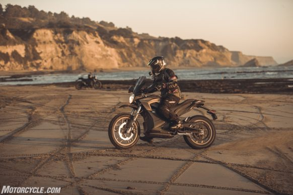 111318-2019-zero-dsr-review-electric-dual-sport-B42I6169