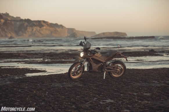 111318-2019-zero-dsr-review-electric-dual-sport-B42I6194