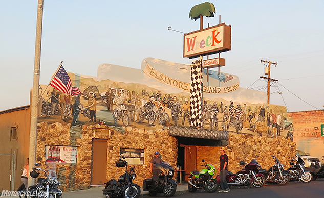 111418-whatever-wreck-saloon-lake-elsinore-f