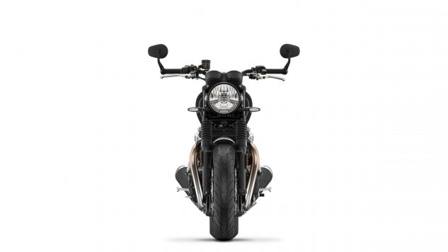 120418-1978-2019-triumph-speed-twin-DD2-PS-Front-Jet-Black