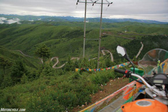 011819-touring-china-zongshen-csc-rx3-4-twisty-road
