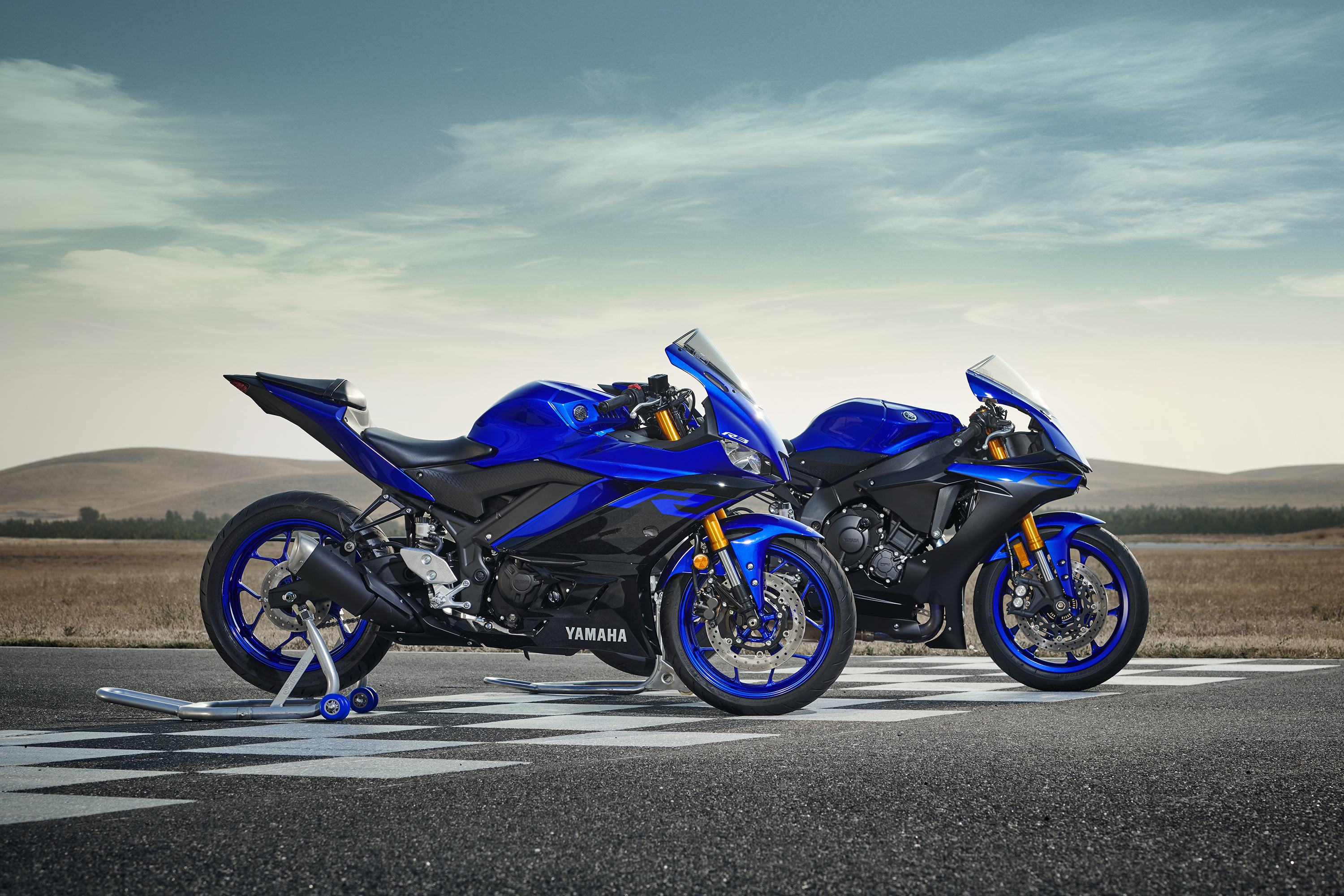 Motorcycle Com 2019 Yamaha Yzf R3 Review Ninjette Org