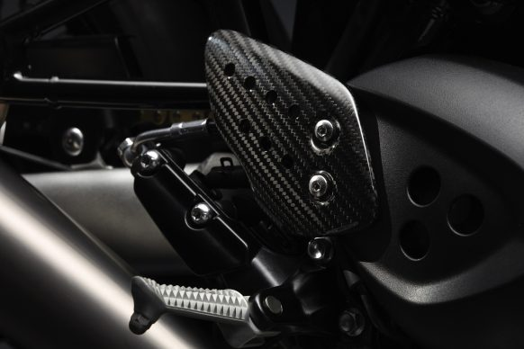 4217_ThruxtonTFCMY20DETAIL14MC_ORIGINAL