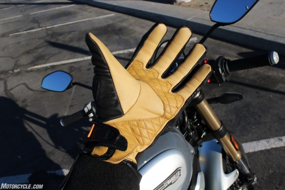020119-Icon-1000-Axys-Gloves-On-Hand-6958