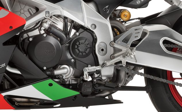 Aprilia RSV4 adjustable engine mounts