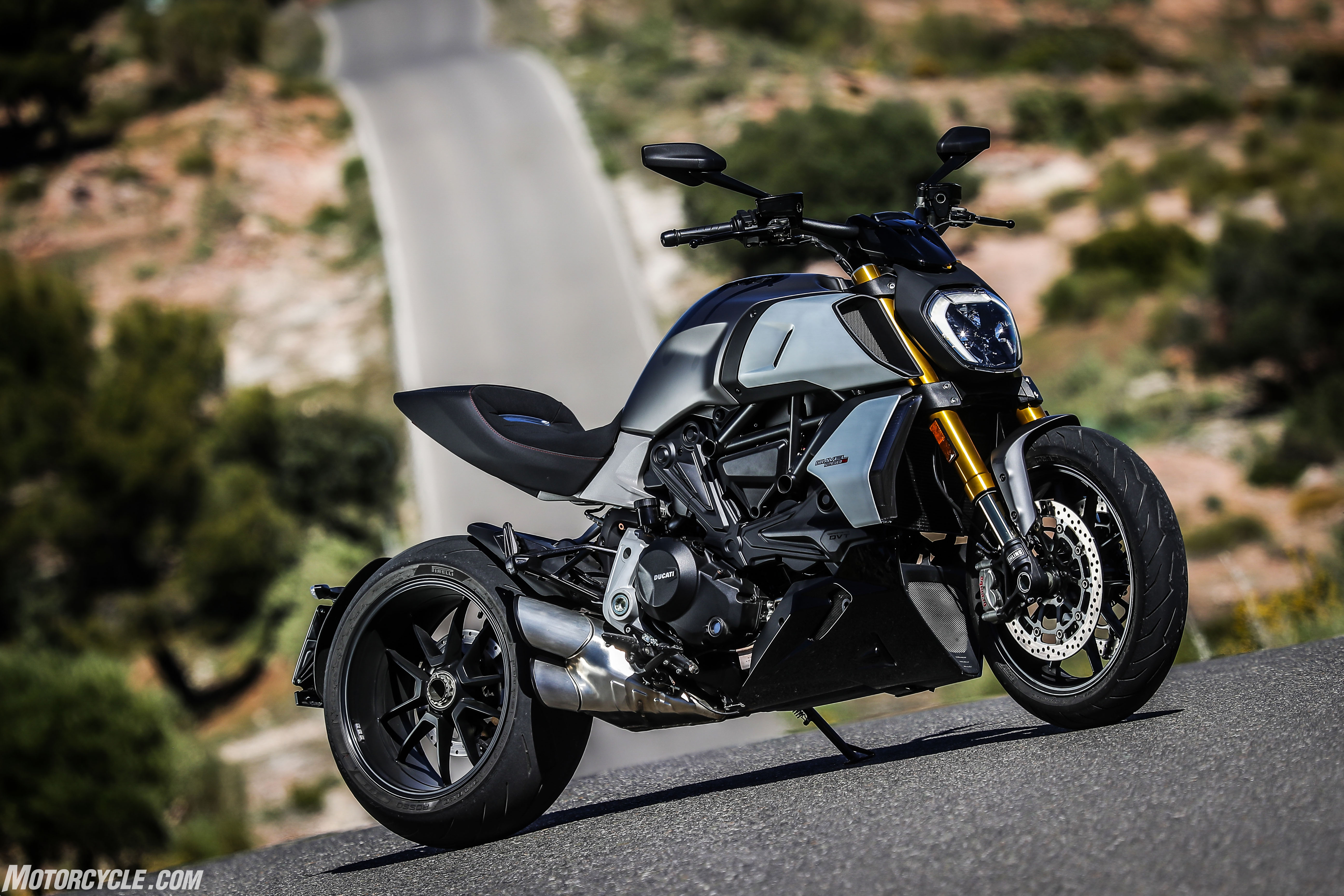 FIRST RIDE: 2019 Ducati Diavel 1260S - looks like a