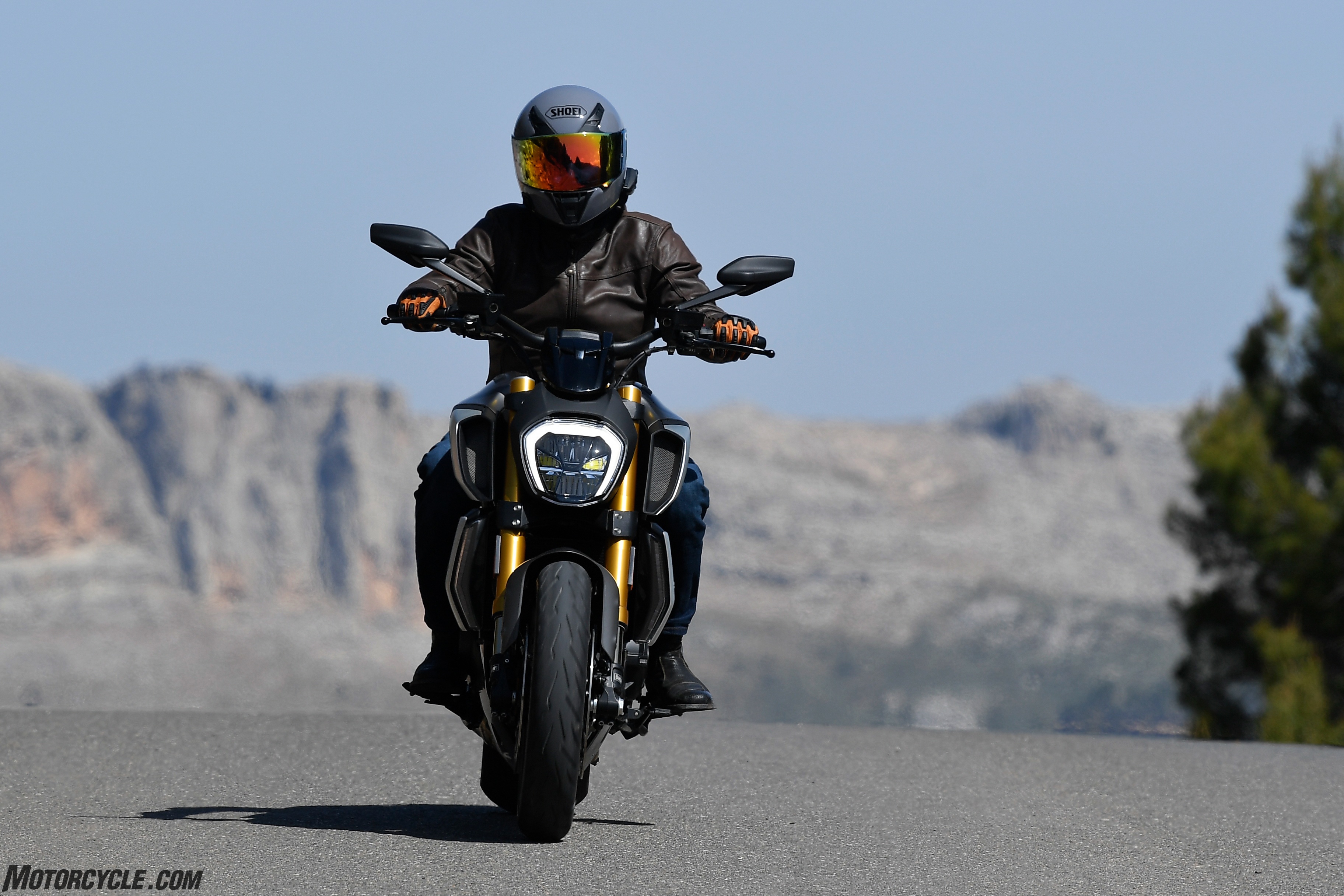 2019 Ducati Diavel 1260S Review - First Ride - Motorcycle com