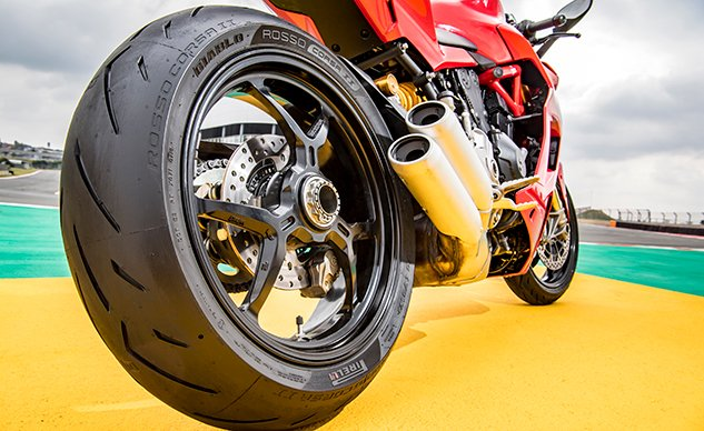 041619-Best-Sportbike-tires-f