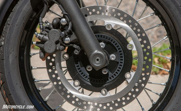 2019 Kawasaki W800 Cafe front wheel