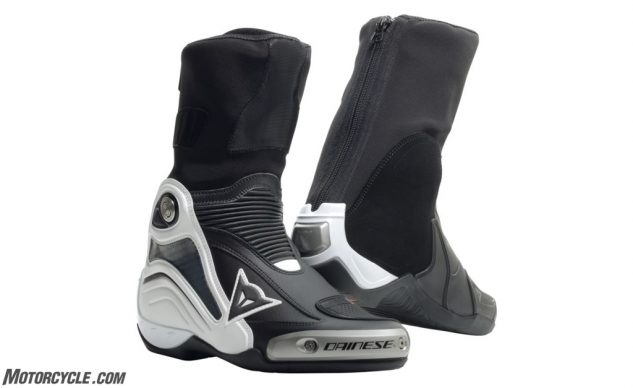dainese_axial_d1_boots_750x750