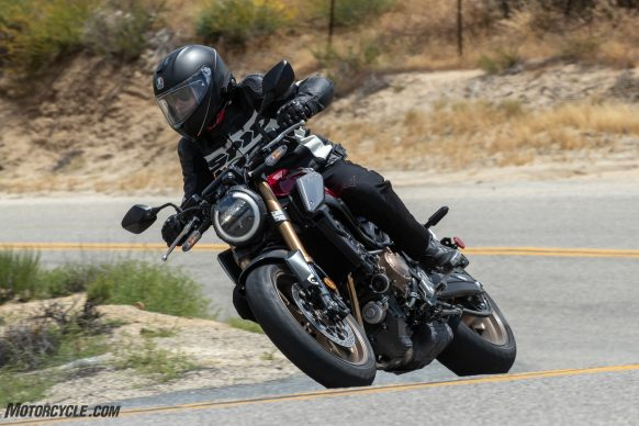 05312019-2019-Honda-CB650R-Review-Action-1639