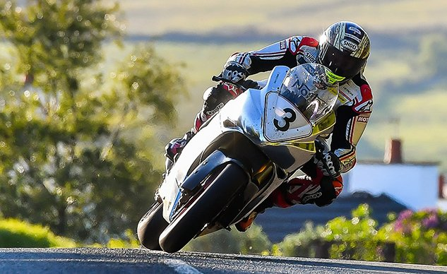 060319-out-about-isle-of-man-tt-2019-01-McGuinness-norton-pb-gavin-langford-f