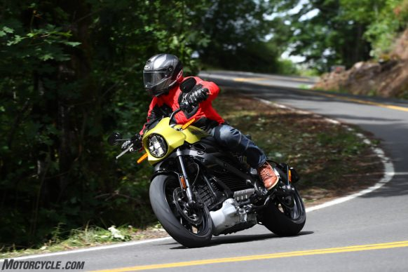 071519-2020-harley-davidson-livewire-review-APH_4085