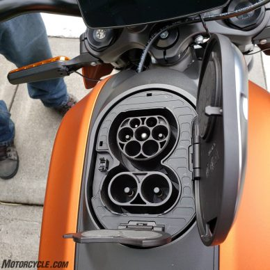 071519-2020-harley-davidson-livewire-review-IMG_112537_366-2