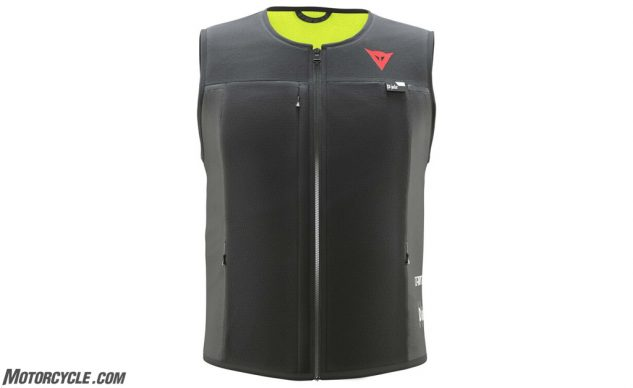 071719-motorcycle-airbag-jackets-dainese_d_air_smart_jacket_black_750x750
