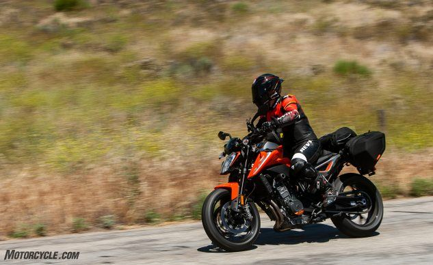 072619-Writers-Choice-Sport-Tour-KTM-790-Duke-_EBB9241