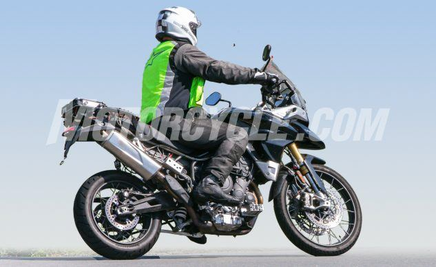 080619-Triumph-Tiger-1000-Spy-Shots-Triumph-Tiger-1000-006