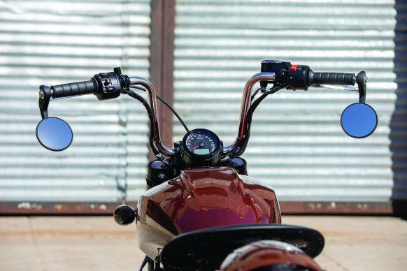 090319-2020-indian-Scout-Bobber-Twenty-Accessorized-02