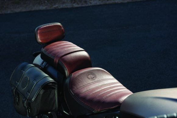 090319-2020-indian-scout-Bobber-Accessorized-01