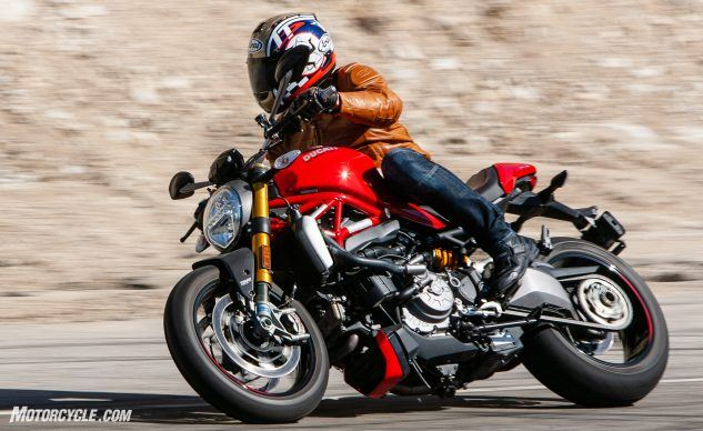 090619-Streettracker-Monster-Shootout-Ducati-Monster-1200S-EBB0156