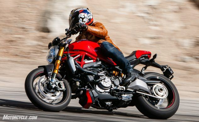 090619-Streettracker-Monster-Shootout-Ducati-Monster-1200S-EBB0247