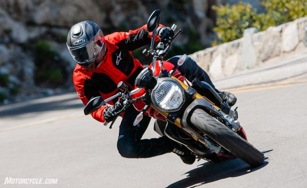 090619-Streettracker-Monster-Shootout-Ducati-Monster-1200S-EBB0346