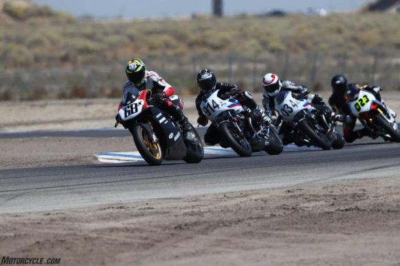 100319-bmw-rninet-racer-ahrma-buttonwillow-2